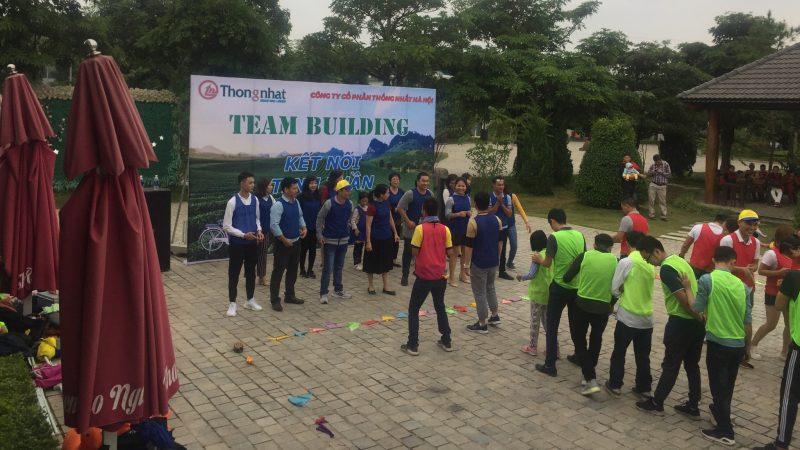 Thành viên các đội chuẩn bị tham gia các trò chơi